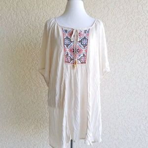 Live and Let live Women top size 3X tassels embroi